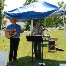 Ned Houston & Don Houghton perform at the Craftsbury Farmers Market