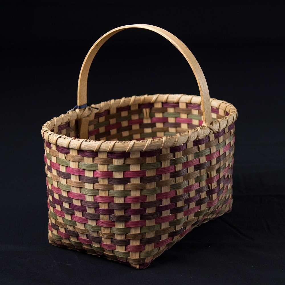 Deedas market shopping basket hand-woven by Linda Lamosney