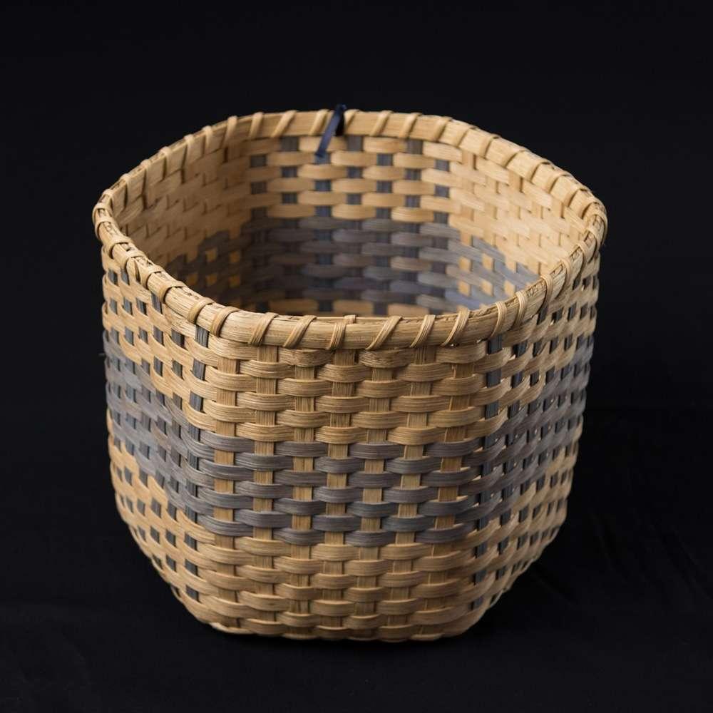 Deedas plaid waste basket hand-woven by Linda Lamosney